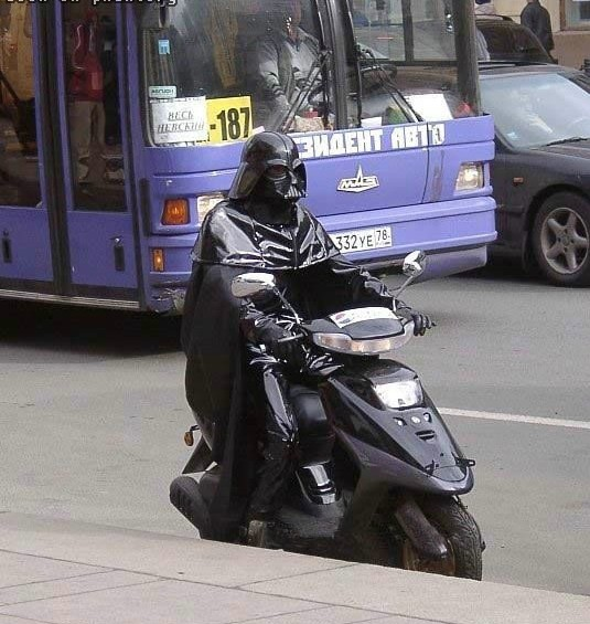 Restrictions de budget : Dans Star Wars 7, Dark Vador se déplacera en Scooter !